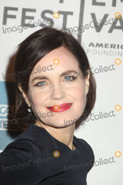Photo - Elizabeth Mc Govern Cheerful Weather For the Wedding 2012 Tribeca Film Festival NYC April 20 2012 Photo by Mitch Levy-Globe Photos, Inc.