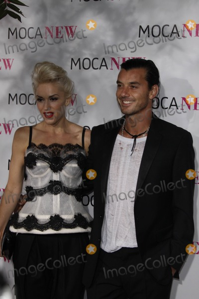 Gavin Rossdale, Gwen Stefani Photo - Singer Gwen Stefani Arrives with Husband Gavin Rossdale at the Museum of Contemporary Art's Moca 30th Anniversary Gala at Moca Grand Avenue in Downtown Los Angeles, USA, on November 15th, 2009. Photo: Hubert Boesl