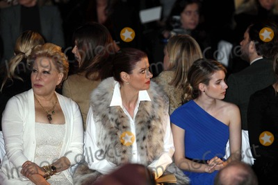 Debra Messing, Bette Midler, Emma Roberts, Michael Kors Photo - Bette Midler, Debra Messing, Emma Roberts at Michael Kors 30th Anniversary Fashion Show at Lincoln Center 2-16-11 Photo by John Barrett/Globe Photos, Inc.2011