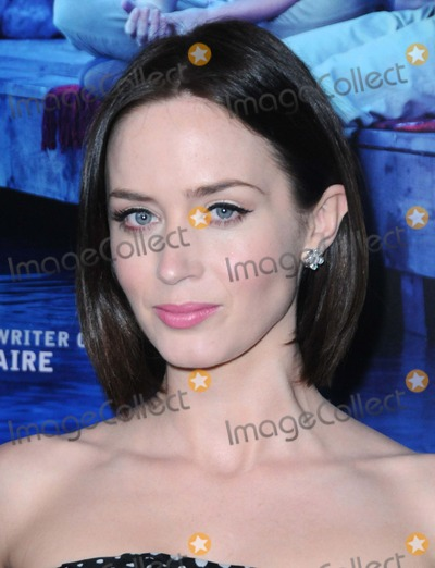 "Emily Blunt Photo - Emily Blunt attending the Los Angeles Premiere of Cbs Films ""Salmon Fishing in the Yemen"" Held at the Directors Guild of America in Hollywood, California on 3/5/12 Photo by: D. Long- Globe Photos Inc."