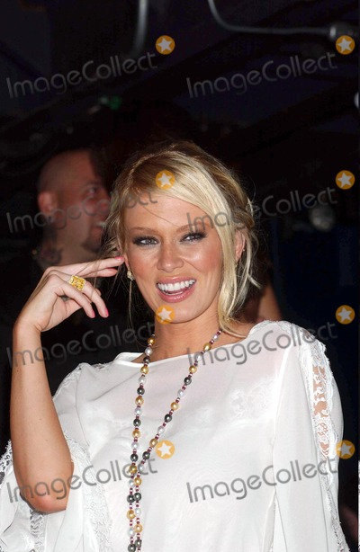 "Jenna Jameson Photo - 08/18/2004 Avalon, New York City Jenna Jameson at Book Party For ""How to Make Love Like a Porn Star"". Photo by Ken Babolcsay/ipol/Globe Photos 2004 Jenna Jameson"