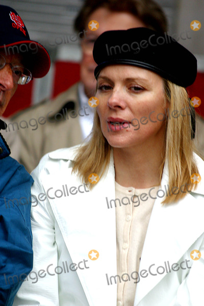 "Kim Cattrall Photo - Kim Cattrall K30241jbb the ""parkinson's Unity Walk"" a Celebration of People with Parkinson's and a Day of Festivities in Central Park, New York City 4/26/2003 Photo By:john Barrett/Globe Photos, Inc"