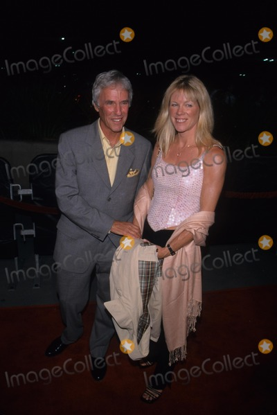 Burt Bacharach, Jane Hansen, Barbara Streisand Photo - Burt Bacharach with Wife Jane Hansen at Barbara Streisand Concert , Staples Center , Los Angeles 2000 K19793mr Photo by Milan Ryba-Globe Photos, Inc.