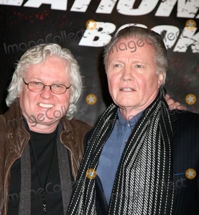 "Jon Voight Photo - ""National Treasure-book of Secrets"" World Premiere Ziegfeld Theater, NYC December 13, 07 Photos by Sonia Moskowitz, Globe Photos Inc, 2007 Jon Voight"