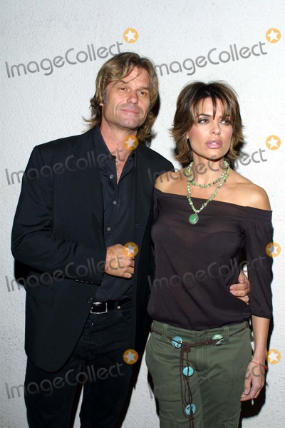Harry Hamlin, Lisa Rinna, Norby Walters, FRIARS CLUB Photo - Lisa Rinna and Her Husband Harry Hamlin K27298tr Norby Walter's 21st Annual Pre-holiday Party the Friars Club, Beverly Hills, CA Nov. 24, 2002 Photo by Tom Rodriguez/Globe Photos, Inc.