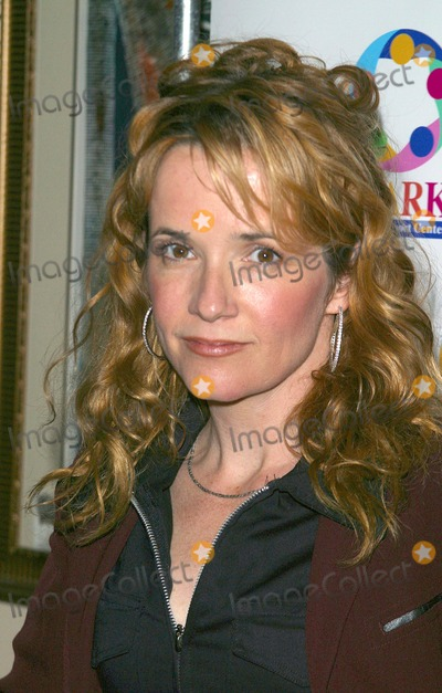 Lea Thompson Photo - We Sparkle Night - Take Ii - a Benefit For We Spark Cancer Support Center the El Portal Theater, North Hollywood, CA 04/07/2003 Photo by Milan Ryba / Globe Photos Inc. 2003 Lea Thompson