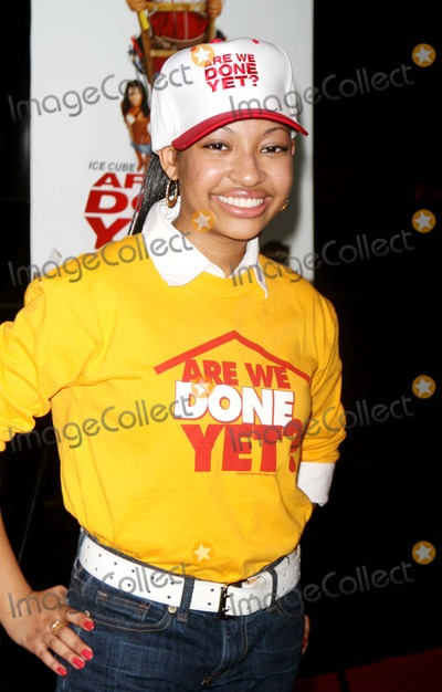 Aleisha Allen Photo - Cast of ''Are We Done Yet'' Visits the Apollo Theater 125st Date 04-03-07 Photos by John Barrett-Globe Photos,inc Aleisha Allen