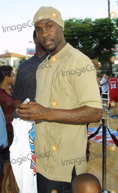 Gary Payton Photo - Gary Payton Like Mike - Premiere Mann Village Theatre, Westwood, CA June 27, 2002 Photo by Nina Prommer/Globe Photos Inc2002