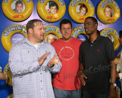 "Chris Rock, Adam Sandler, Kevin James Photo - a Screening of Columbia Pictures' ""Grown Ups"" at the Ziegfeld Theater in New York City on 06-23-2010 Photo by Paul Schmulbach-Globe Photos, Inc. Kevin James, Chris Rock, Adam Sandler"