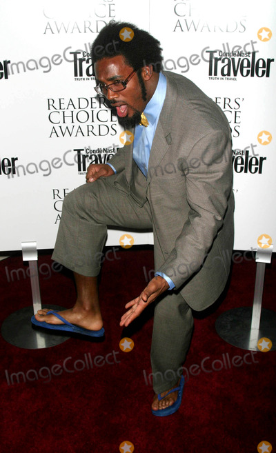 Dhani Jones Photo - Conde Nast Traveler Sixteenth Annual Readers' Choice Awards at the Guggenheim Museum , NYC. 10/09/2003 Photo by John Barrett / Globe Photos,inc. Dhani Jones