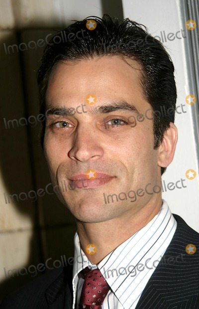 "Johnathon Schaech, Christina Applegate Photo - Christina Applegate Debut For "" Sweet Charity "" After Party at Guastavino's in New York City 5-04-2005 Photo By:barry Talesnick-ipol-Globe Photos Inc. 2005 Christina Applegate's Husband Johnathon Schaech"