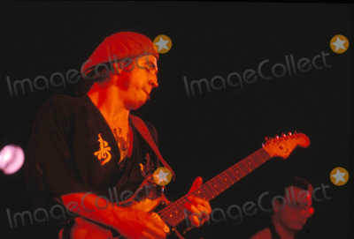 Photo - Stevie Ray Vaughn in Convert Photo by Jeff Newman-Globe Photos