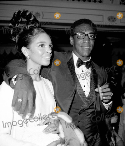Bill cosby photo with his wife camille olivia hanks 8 pictures