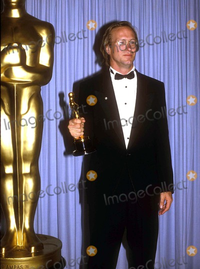 William Hurt, Hurts Photo - William Hurt at the Academy Awards Oscars 03-1986 Photo by Michelson-Globe Photos