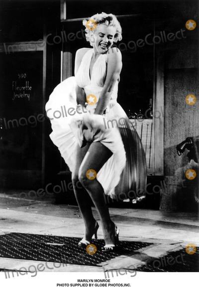 Marilyn Monroe Photo - Marilyn Monroe Photo Supplied by Globe Photos,inc.
