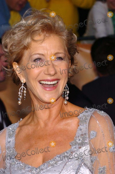 Helen Mirren Photo - 10th Annual Screen Actors Guild Awards Arrivals at the Shrine Auditorium in Los Angeles, California 02/22/2004 Photo by Fitzroy Barrett/Globe Photos Inc. 2004 Helen Mirren