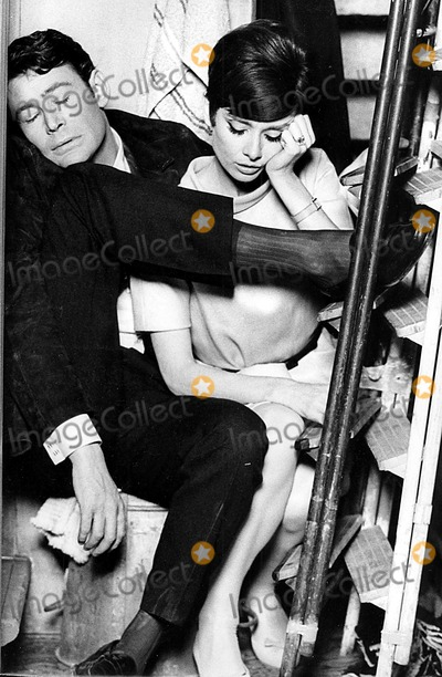 Peter O Toole, Peter O'Toole, Audrey Hepburn, Tool Photo - Peter O'toole and Audrey Hepburn in How to Steal a Million Dollars and Live Happily Ever After 1966 Supplied by Cp/Globe Photos, Inc. Petero'tooleretro