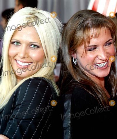 Torrie Wilson, Stephanie McMahon Photo - Torrie Wilson and Stephanie Mcmahon K30680rm 2003-2004 Upn Upfront Presentation at Madison Square Garden in New York City 5/15/2003 Photo By:rick Mackler/rangefinder/Globe Photos, Inc