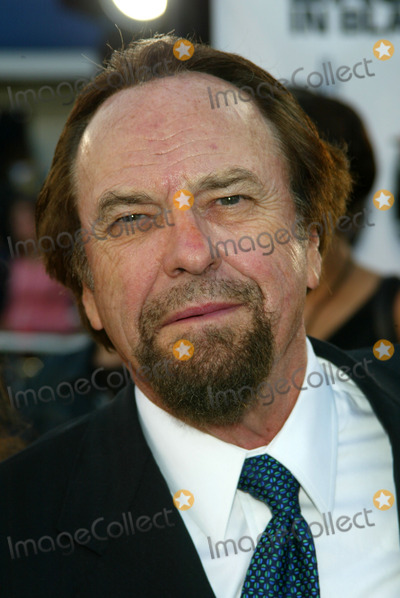 "Rip Torn Photo - Actor Rip Torn ""Men in Black 2"" Mann Village & Bruin Theatres Westwood, CA 6/26/02 Photo by Lockwood Globe Photos Inc 2002"