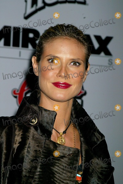 "Heidi Klum Photo - the New York Premiere of ""Kill Bill Vol.1"" at the Ziegfeld Theatre , New York City. 10/07/2003 Photo: Sonia Moskowitz / Globe Photos,inc. 2003 Heidi Klum"