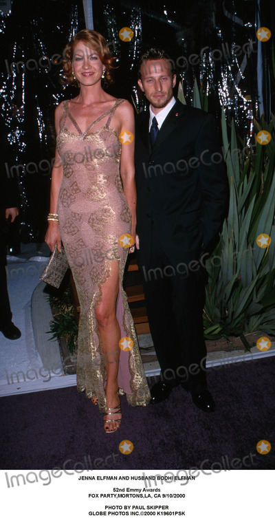 Jenna Elfman, Bodhi Elfman Photo - Jenna Elfman and Husband Bodhi Elfman 52nd Emmy Awards Fox Party,mortons,la, CA 9/10/2000 Photo by Paul Skipper Globe Photos Inc.2000