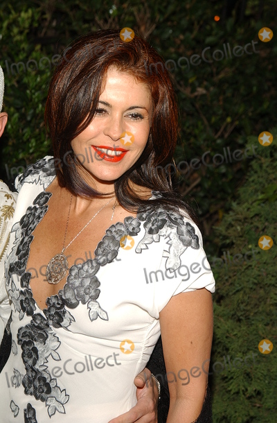 Maria Conchita Alonso Photo - : Wwd White Hot Diamonds Party Gears Up For Oscar Fashions Hancock Park, CA 3/20/2002 Photo by Amy Graves/Globe Photos, Inc 2002 (D) Maria Conchita Alonso