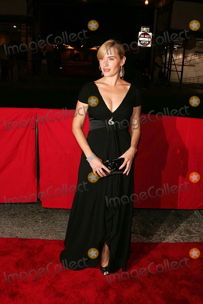 "Kate Winslet Photo - Red Carpet Arrivals at Alice Tully Hall For the New York Film Festival Screening of 'Little Children"" Lincoln Center 09-30-2006 Photos by Rick Mackler Rangefinder-Globe Photos Inc.2006 Kate Winslet"