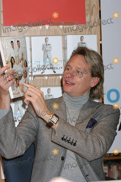 Carson Kressley Photo - Carson Kressley Book Signing at the Wall St Barnes and Noble Book Store, New York City 10/08/2004 Photo: Rick Mackler/ Rangefinders/ Globe Photos Inc. 2004 Carson Kressley Carson Kressley