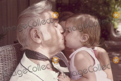 Lorne Greene Photo - Lorne Greene with Daughter Gillian Greene-raimi W2732a Photo by Herm Lewis-Globe Photos, Inc.
