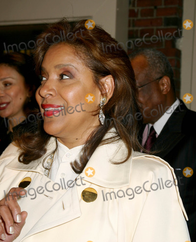"Phylicia Rashad Photo - "" Julius Caesar "" Broadway Opening Night at the Belasco Theatre, New York City 4-03-2005 Photo By:mitchell Levy-rangefinder-Globe Photos, Inc. 2005 Phylicia Rashad"