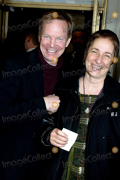 "Bill Irwin Photo - Bill Irwin_martha Roth K30064rm Opening Performance of the New Broadway Musical. ""a Year with Frog and Toad"" at the Cort Theatre in New York City 4/13/2003 Photo By:rick Mackler/rangefinder/Globe Photos, Inc"