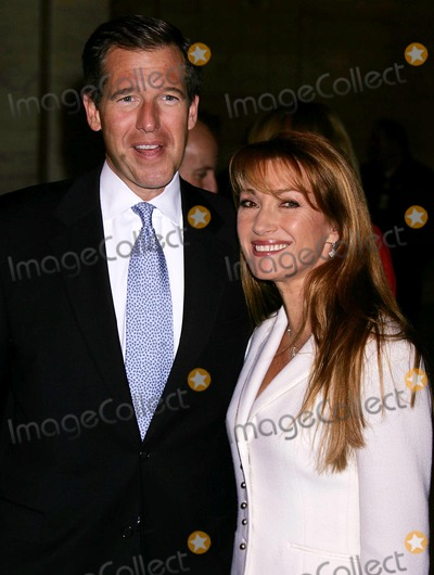 Brian Williams, Jane Seymour Photo - Aarp the Magazine 2005 Impact Awards at the New York Public Library Astor Hall, New York City 12-06-2004 Photo by Rick Mackler/rangefinder/Globe Photos,inc. Brian Williams_jane Seymour