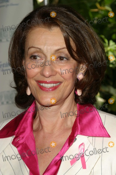 Evelyn Lauder, Four Seasons, Evelyne H. Lauder Photo - Breast Cancer Heroes Honored at Lifetime Television Lucheon at Four Seasons Hotel in Beverly Hills, California 09/27/04 Photo by Nina Prommer/Globe Photos Inc.2004 Evelyn Lauder