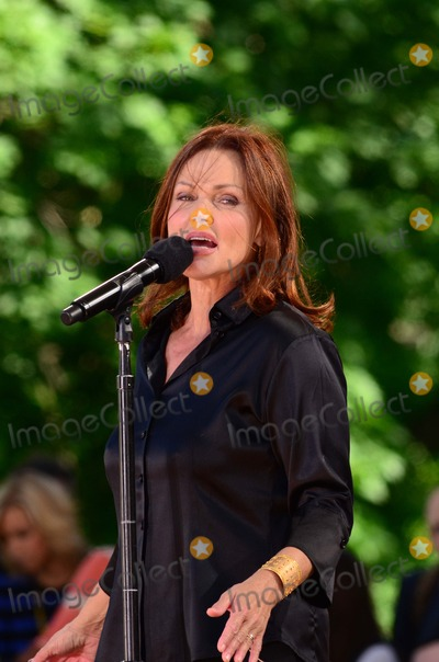 Belinda Carlisle, Go Go's, Go-Go's, Go Gos, Go-Gos Photo - Belinda carlisle