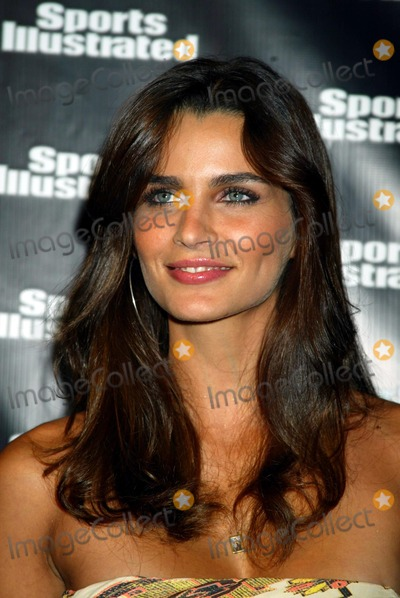 Fernanda Motta Photo - 2004 Sports Illustrated Swimsuit Issue Press Event at Depp in New York City 02/10/2004 Photo by Sonia Moskowitz/Globe Photos Inc 2004 Fernanda Motta