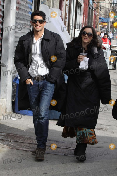 Katharine McPhee, Raza Jaffrey, Queen Photo - Katharine Mcphee,,raza Jaffrey(katharine Boyfriend on ''Smash'') on the Set of ''Smash'' in Astoria,queens 3-5-2012 Photo by John Barrett/Globe Photos