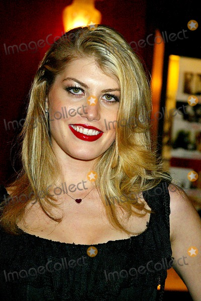 "Meredith Ostrom, love actually Photo - the World Premiere of ""Love Actually"". the Ziegfeld Theatre, New York City. 11/06/2003 Photo: Sonia Moskowitz / Globe Photos, Inc. 2003 Meredith Ostrom"
