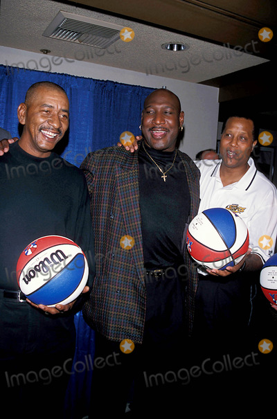 "Jamaal Wilkes Photo - 10-5-2000 Nba 2000 Announcement of League the Forum Club in LA George "" Iceman "" Gervin , Darrly Dawkins ( Chocolate Thunder ) and Jamaal Wilkes Photo By:milan Ryba-Globe Photos, Inc"