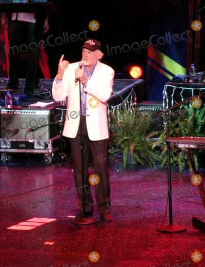 Mike Love, Beach Boys, John Stamos Photo - Beach Boys Concert with Special Guest John Stamos at the at the Luxor Hotel Las Vegas , Nevada 12-29-2006 Photo by Ed Geller-Globe Photos,inc. Mike Love