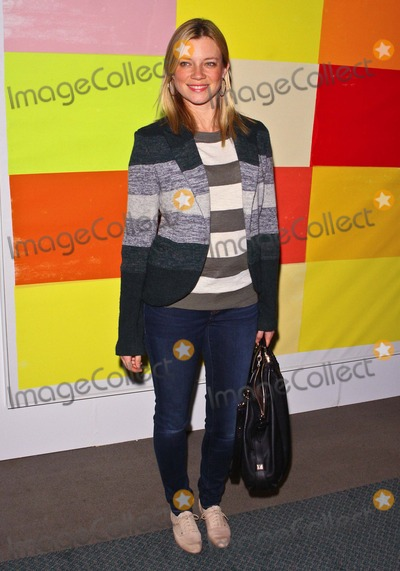 Amy Smart Photo - Amy Smart the 16th Annual Los Angeles Art Show Opening Night Premiere Party Held at the Los Angeles Convention Center, Los Angeles 01-19-2011 photo: Tleopold-globephotos, Inc. 2011