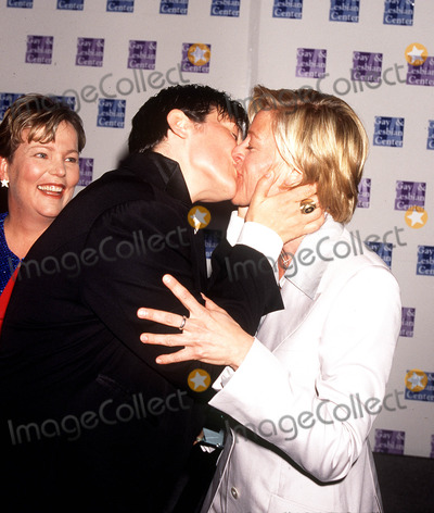 "Ellen Degeneres, k d lang, k. d. lang, k.d. lang, KD LANG, Ellen DeGeneres] Photo - . 1997. L.A. Gay & Lesbian Center ""women's Night"" Honoring K.d . Lang& Dr Susan Love. Kd Lang_ellen Degeneres. Photo by Lisa Rose / Globe Photos,inc."