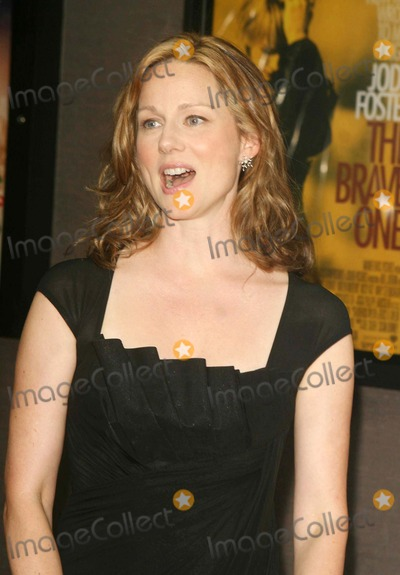 Laura Linney Photo - Screening of ''the Nanny Diaries'' at Cinemas 1 3ave and 60st Date 08-13-07 Photos by John Barrett-Globe Photos,inc Laura Linney