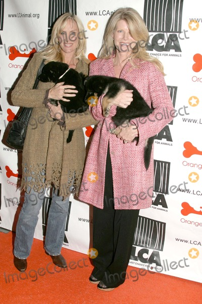 "Rachelle Carson Photo - ""Mutts to Melrose"" Orangebone Pet Store Grand Opening to Benefit Last Chance For Animals (Lca) Orangebone, Hollywood, CA 02/11/09 Rachelle Carson and Kim Sill"