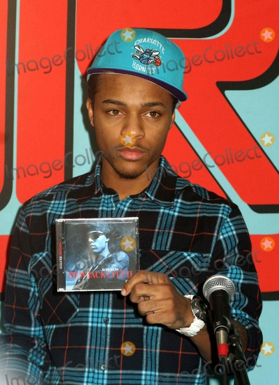 "Bow Wow Photo - Bow Wow Promotes His New Album ""New Jack City Ii"" at J & R Music World in New York City 03-31-2009 Photo by Mitchell Levy-rangefinder-Globe Photos"