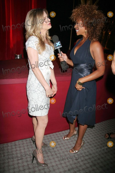 Kyra Sedgwick, Tanika Ray Photo - Announcement of Nominations For the 59th Primetime Emmy Awards Academy of Television Arts & Sciences, North Hollywood, CA 07-19-07 Kyra Sedgwick and Tanika Ray- Weekend Co-host of Extra Tv Photo: Clinton H. Wallace-photomundo-Globe Photos Inc