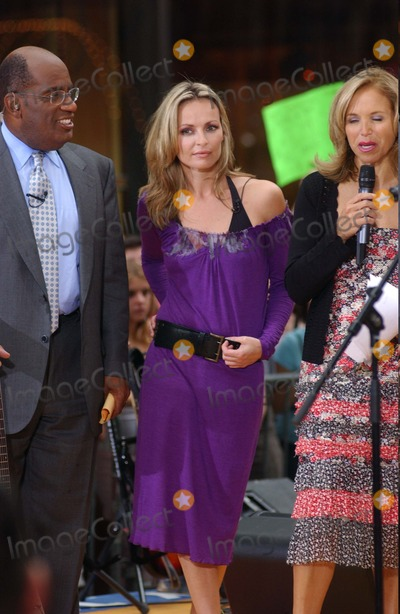 Al Roker, Katie Couric, The Corrs Photo - the Coors Perform on Nbc's Today Show Summer Concert Series at Rick Efeller Center in New York City 07/23/2004 Photo: Ken Babolcsay/ Ipol/ Globe Photos Inc. 2004 the Corrs, Katie Couric and AL Roker