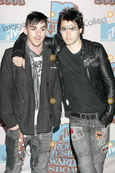 Shannon Leto, Jared Leto Photo - Jared Leto and Brother Shannon Mtv Europe Music Awards Lisboa 2005 Lisbon, Portugal 03. November 2005 Photo by Roger Harvey-Globe Photos