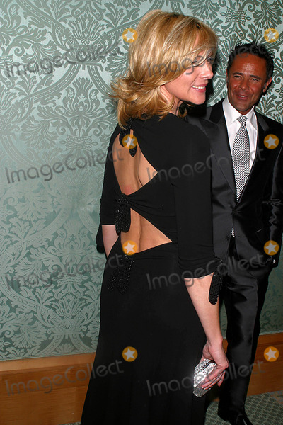 Eos, Kim Cattrall, Tony Ingrao, RITZ CARLTON Photo - 8th Annaul Benefit Gala of Eos Orchestra at the Ritz Carlton , Battery Park , New York City 04/07/2003 Photo: John Barrett/ Globe Photos Inc. 2003 Kim Cattrall and Tony Ingrao