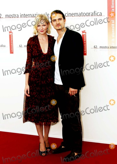 Kirsten Dunst, Orlando Bloom Photo - Elizabethtown Photocall , 62 Venice Film Festival, Italy 09-04-2005 Photo: Roger Harvey-Globe Photos Inc. 2005 Kirsten Dunst Orlando Bloom