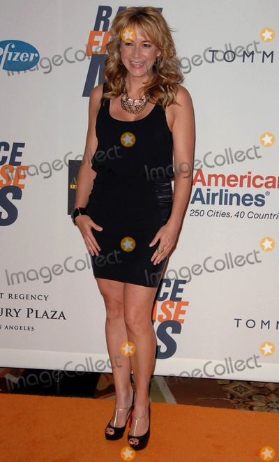 Megyn Price Photo - Megyn Price attends the 17th Annual Race to Erase ...